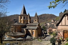 Ancienne abbaye Sainte-Foy - English: Abbaye Sainte-Foy de Conques, Aveyron, France        This place is a UNESCO World Heritage Site, listed as Chemins de Saint-Jacques-de-Compostelle en France.  العربية | Asturianu | Беларуская | Беларуская (тарашкевіца) | বাংলা | Català | Čeština | Dansk | Deutsch | English | Español | Euskara | فارسی | Français | עברית | Hrvatski | Magyar | Italiano | 日本語 | 한국어 | Latviešu | Македонски | മലയാളം | مازِرونی | Nederlands | Polski | Português | Русский | Slovenčina | Slovenščina | Türkçe | Українська | Tagalog | Tiếng Việt | 中文(简体) | 中文(繁體) | +/−          This building is classé au titre des Monuments Historiques. It is indexed in the Base Mérimée, a database of architectural heritage maintained by the French Ministry of Culture, under the reference PA00093999 .  বাংলা | brezhoneg | català | Deutsch | Ελληνικά | English | Esperanto | español | euskara | suomi | français | magyar | italiano | 日本語 | македонски | Nederlands | português | português do Brasil | română | русский | sicilianu | svenska | українська | +/−