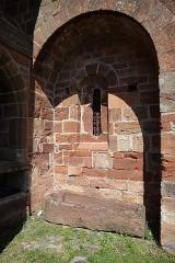 Chapelle de Perse - Extérieur de l'église Saint-Hilarian-Sainte-Foy de Perse à Espalion (12).