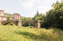 Vieux pont de Saint-Maurice-de-Sorgues -  Old Bridge seen from the bank of the Sorgue, early 18th century..