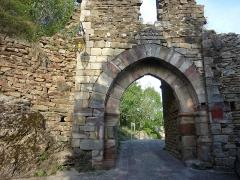 Restes de la porte de Ville - Français:   Restes de la porte du village de Najac