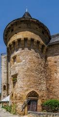 Ancienne grange monastique, dite château de Galinières, et ses annexes - English: Tower of the castle of Galinières, commune of Pierrefiche, Aveyron, France