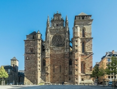 Cathédrale Notre-Dame - English: Our Lady Cathedral of Rodez, Aveyron, France        This building is classé au titre des Monuments Historiques. It is indexed in the Base Mérimée, a database of architectural heritage maintained by the French Ministry of Culture, under the reference PA00094108 .  বাংলা | brezhoneg | català | Deutsch | Ελληνικά | English | Esperanto | español | euskara | suomi | français | magyar | italiano | 日本語 | македонски | Nederlands | português | português do Brasil | română | русский | sicilianu | svenska | українська | +/−