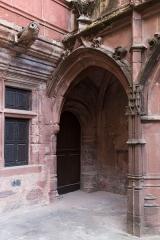 Maison de Benoit -  Porch, under the gothic gallery.