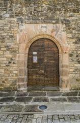 Eglise - English: Portal of the church of Sainte-Croix, Aveyron, France