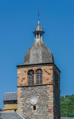 Eglise paroissiale - English: Bell tower of the church of Saint-Geniez-d'Olt, Aveyron, France