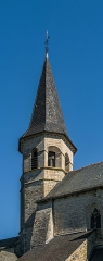 Eglise du Saint-Sépulcre - English: Bell tower of the church of the Holy Sepulchre of Villeneuve, Aveyron, France