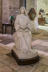 Eglise du Saint-Sépulcre - English: Statue in the church of the Holy Sepulchre of Villeneuve, Aveyron, France