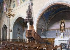 Eglise Saint-Bernard - English:  Bourg-Saint-Bernard, Haute-Garonne, France. St Bernard church, the pulpit and St. Joseph Chapel.