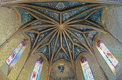 Eglise Saint-Bernard - English:  Bourg-Saint-Bernard, Haute-Garonne, France. St Bernard church, ceiling of the choir by Gaétan Ceroni.