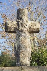 Château - English:  Castelnau-d'Estrétefonds,Haute-Garonne, France. Calvary cross, West exposure.