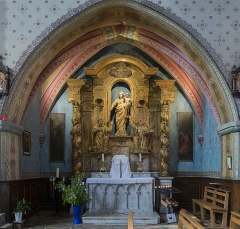 Eglise - English:  Fronton, Haute-Garonne, France. Interior view of the nave, of the church