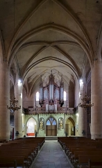 Eglise Notre-Dame de l'Assomption - English:  Grenade, Haute-Garonne, France. The counter-façade with on both sides of the door a statue of St. Joachim and St. Anne. Above the tribune organ by Aristide Cavaillé-Coll (1857) and Jules Magen.