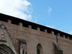 Ancienne cathédrale Sainte-Marie - Chemin de ronde de l'ancienne cathédrale de Rieux, Haute-Garonne, France.