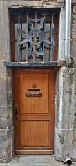 Chapelle Notre-Dame-de-Nazareth - English:   Our-Lady-of-Nazareth\'s chapel of Toulouse, the side door.