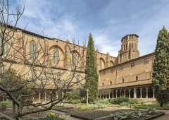 Ancien couvent des Augustins - English:  Musée des Augustins in Toulouse. The large cloister and the bell tower