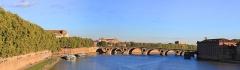 Eglise Notre-Dame-de-la-Daurade - Français:   La garonne vue du pont Saint-Pierre
