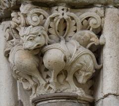 Eglise Saint-Sernin - Chapiteau des lions, Porte Miègeville de la basilique Saint-Sernin à Toulouse