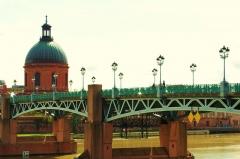Hospice de la Grave - Français:   pont recent remplace l ancien pont suspendu LA GRAVE ancien hopital