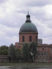 Hospice de la Grave -  Dôme de l'hôpital de La Grave à Toulouse (Haute-Garonne, France).