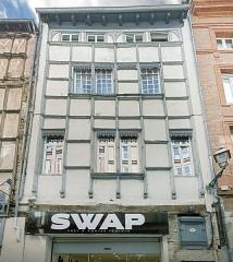 Hôtel d'Arnaud de Brucelles - English:  Hôtel d'Arnaud de Brucelles in Toulouse, facade rue des changes.