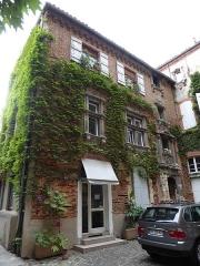 Hôtel dit de Guillaume de Bernuy, ou hôtel Buet - English: Hôtel de Buet also known as Hôtel de Guillaume de Bernuy, 5 rue de la Pomme, Toulouse