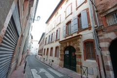 Hôtel Réquy - This building is indexed in the Base Mérimée, a database of architectural heritage maintained by the French Ministry of Culture,under the reference PA00094567 .