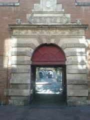 Ancien petit Séminaire de l'Esquile - Français:   Ancien petit Séminaire de l\'Esquile (actuelle Cinémathèque de Toulouse)