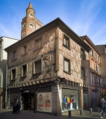 Tour de Serta - English:  House and tower of Pierre de Serta. Tower built by the capitoul