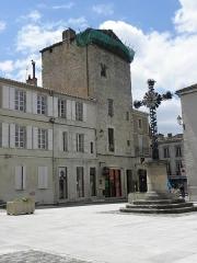 Tour des Templiers - Français:   Tour des Templiers de Condom (32).