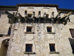 Ensemble des bâtiments du château - English: Architectural element of Château de Lavardens, Gers, France