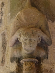 Ancienne abbaye de Flaran - Cloître de l'Abbaye de Flaran, commune de Valence-sur-Baïse (32).