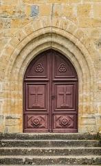 Eglise Saint-Pierre - English: Door of the the Saint Peter and Saint Paul church of Autoire, Lot, France