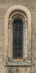 Eglise Saint-Pierre - English: Window of the the Saint Peter and Saint Paul church of Autoire, Lot, France