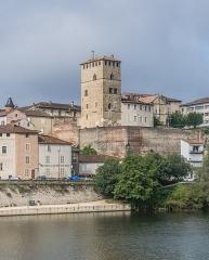 Ancien palais de Via connu sous l'appellation Château du Roi, actuelle prison d'Etat - English: Right bank of Lot river in Cahors, Lot department, France