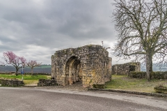 Fortifications - English: Porte Gergovie – fortifications of Capdenac, Lot, France