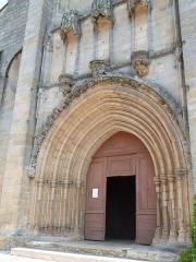 Eglise Notre-Dame-du-Puy - Français:   Église Notre-Dame-du-Puy (Classé)
