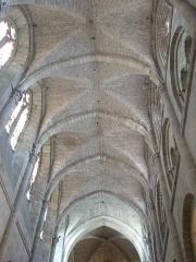Eglise Saint-Sauveur - Français:   Église Saint-Sauveur (Classé)