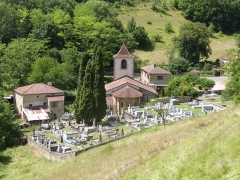 Eglise - Français:   Église Saint-Martin de Lunan, dans le Lot (France), avec son cimetière