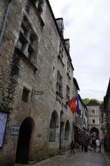 Immeuble dit Maison Mazot - Français:   Rocamadour, Lot, France - hôtel de ville et porte Salomon.