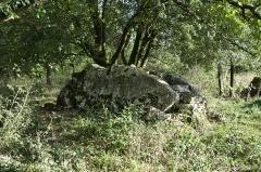 Dolmen dit de Crouzeilles - Français:   Dolmen de Crouzelles