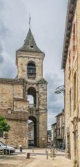 Eglise et sa crypte de Sainte-Spérie - English: Bell tower of the Saint Spérie Church of Saint-Céré, Lot, France