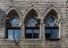 Immeuble - English: Windows of the Commanderie des Templiers at 39-43 rue Gambetta in Figeac, Lot, France