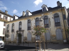 Maison d'Uzer - Català:   Maison d\'Uzer (Banhèras de Bigòrra)