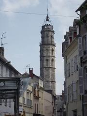 Tour des Jacobins - Français:   Tour des Jacobins (Bagnères-de-Bigorre, 65)