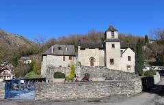 Eglise Saint-Martin - Église Saint-Martin de Geu (Hautes-Pyrénées, France).
