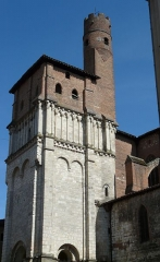 Eglise Saint-Salvy et son cloître - Tour ronde dite de la Gacholle.