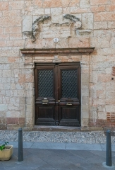 Maison - English: Door of the building at 1 rue de la Grand'Côte in Albi, Tarn, France