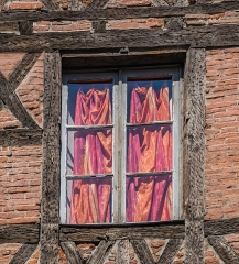 Maison - English: Window of the building at 16 rue Saint-Julien in Albi, Tarn, France