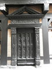Maison Enjalbert - Français:   Porte méridionale de la maison Enjalbert d\'Albi (81).