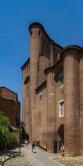 Palais de l'Archevêché ou de la Berbie - English: Palais de la Berbie in Albi, Tarn, France        This place is a UNESCO World Heritage Site, listed as Cité épiscopale d'Albi.  العربية | asturianu | беларуская | беларуская (тарашкевіца)‎ | বাংলা | català | čeština | dansk | Deutsch | English | español | euskara | فارسی | français | עברית | hrvatski | magyar | italiano | 日本語 | 한국어 | latviešu | македонски | മലയാളം | مازِرونی | Nederlands | polski | português | português do Brasil | română | русский | sicilianu | slovenčina | slovenščina | Türkçe | українська | Tiếng Việt | 中文 | 中文(中国大陆)‎ | 中文(简体)‎ | 中文(繁體)‎ | 中文(台灣)‎ | +/−